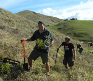 John-volunteering-on-Planting-Day